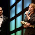 Dagmar Manzel wint Faust voor 'Gif'