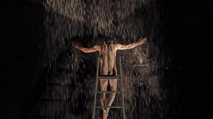 Steven Scharff in Judas am Müncher Kammerspiele